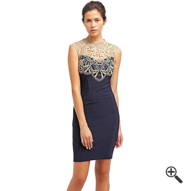 Blaues Spitzen Kleid was ich zu eine Silberhochzeit getragen habe