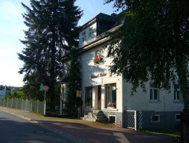 Kostümverleih Zenker in Königswalde / Werdau